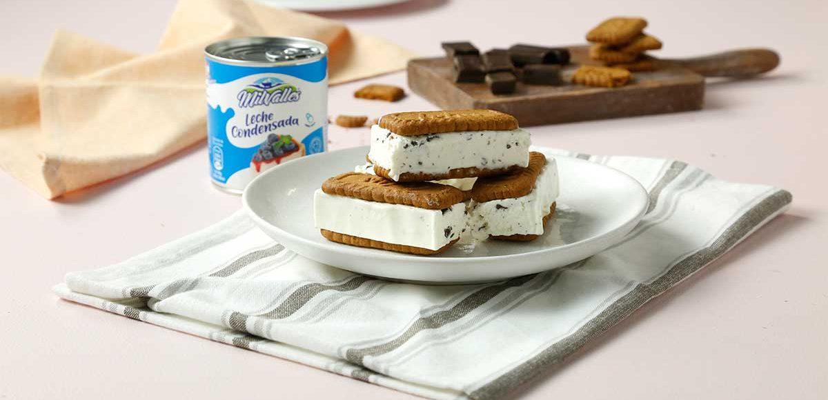 helado-sandwich-stracciatella